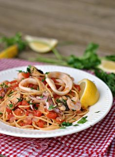 20-Minute Seafood Pasta #Recipe - My Favorite Recipes