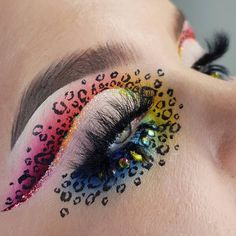 bright colorful eye makeup fun & eye makeup for funeral - eye makeup for function - eye makeup for fun - fun eye makeup - fun eye makeup ideas - bright colorful eye makeup fun - fun eye makeup colour - funeral makeup ideas eye Bold Eye Makeup, Makeup Eye Looks, Creative Makeup Looks, Eye Makeup Art, Colorful Eye Makeup, Makeup Goals, Makeup Inspo, Makeup Inspiration, Makeup Tips