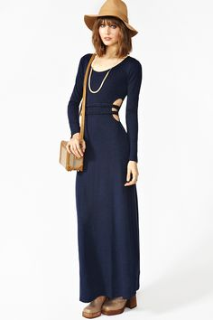shoes are terrible but the dress is cah-uuute!!!  Roped Maxi Dress www.nastygal.com