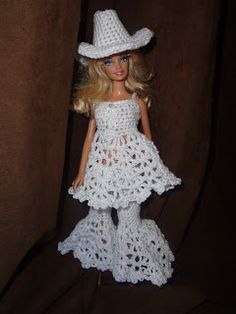 Barbee Country Girl . Fits Barbie Dolls Crochet Pattern + link to free pattern