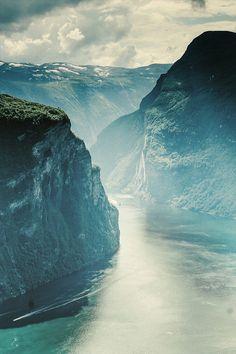 KatyChamberChorus - wnderlst:  Geirangerfjord, Norway | Adam Machowiak
