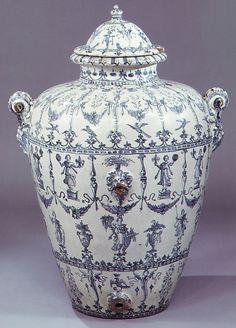 #Maiolica  --  Tin-glazed Earthenware Wine jar (Orcio da vino)  --  1610-20  --  Italian  --  Metropolitan Museum of Art