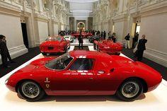 Ferrari 250 LM de 1964 faz parte da coleção de Ralph Lauren (Foto: Charles Platiau/Reuters)