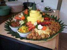 Catering tumpeng 085692092435: Tempat Pesan Nasi Tumpeng Yang Murah