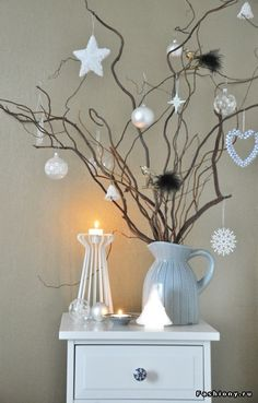 Ideas For White Christmas Tree Decorating Ideas Branches Christmas Images, Winter Christmas, Christmas Home, Simple Christmas, Twig Christmas Tree, Hygge Christmas, Christmas Design, Decorated Christmas Trees, Christmas Hallway