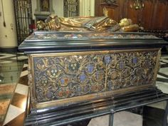 Mary died on March 27th and was buried in the Church of Our Lady in Bruges. In 1502, she was reinterred under a magnificent bronze monument by Pierre de Beckere of Brussels. Tomb of Mary of Burgundy, Church of Our Lady, Bruges, Photo courtesy of Tina Dallas.