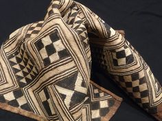 Africa Kuba cloth ~Buahoong ~ from the DR Congo