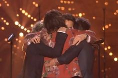 Can't wait until they come back. We will be waiting for them. <3 I'm going to miss them so much. I love One Direction, forever Directioner. <3