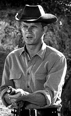 Au Nom de la Loi/Trackdown, 1958-1960, série TV US --  Steve Mac Queen joue Josh Randall, chasseur de prime atypique et son fameux fusil à canon scié. La série préférée de ma tendre enfance, bien devant Zorro ! Lire le très intéressant article : clic 2X.