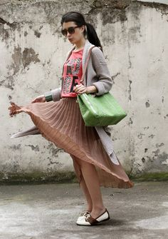 Pleated Skirt & Oxford Shoes
