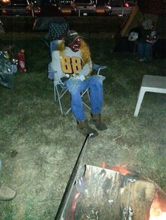 Gordon chilln at tent city