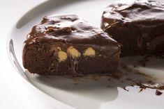 La torta morbida nocciole e cioccolato è golosa, soffice e perfetta anche per i più golosi. Ecco la ricetta
