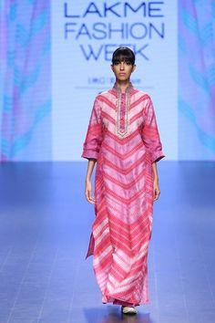 Pretty in pink #LIFW #summer #LIFW2016 #Frugal2Fab