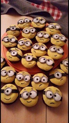 BackGaudi: Minions-Muffins