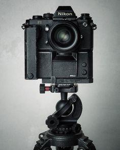 Beautiful Studio Portraits of Cameras (Nikon Antique Cameras, Old Cameras, Vintage Cameras, Nikon Cameras, Leica Camera, Dslr Photography Tips, Photography Equipment, Film Photography, Pregnancy Photography