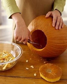 Learn how to carve a pumpkin for Halloween, from the experts at Martha Stewart Living. Holidays Halloween, Halloween Treats, Halloween Pumpkins, Happy Halloween, Halloween Decorations, Halloween Clothes, Halloween 2018, Pumpkin Carving Party, Carving Pumpkins