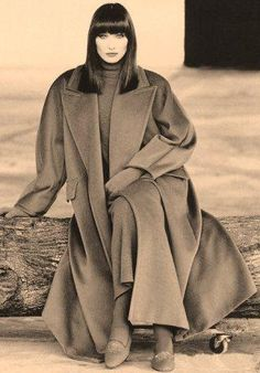 Max Mara Collection Fall/Winter 1993/94...Photo Max Vadukul....Model Carla Bruni
