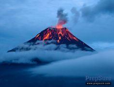 Rare eruption of a Antarctic volcano Big Ben filmed by Australian Scientists