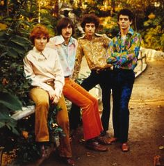 The Velvet Underground in the 70's - Qiana shirts and velvet pants. Only their music had more style