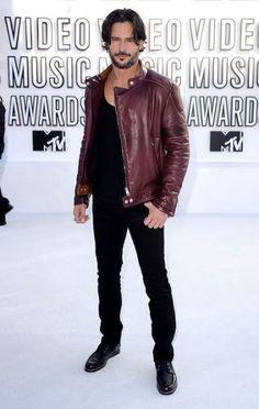 Joe Manganiello 2010 MTV Video Music Awards #celebrities #celebrityfashion #redcarpet