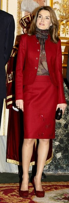 Class never goes out of style. / Queen Letizia of Spain