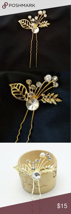 NEW bridal gold leaf leaves pearl diamond hair pin Brand new and very versatile. Can be worn for fun. Gold hair pin with gold leaves, pearl/diamond accents. Very cute! Modcloth Accessories Hair Accessories
