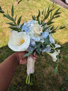 Floral Bouquets, Bird, Outdoor Decor, Design, Home Decor, Flower Bouquets, Decoration Home, Room Decor, Birds