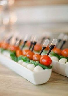 caprese salad pipettes #appetizerrecipes