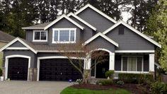 Best Exterior Paint Colors For House Black Garage Doors Ideas Exterior Gris, Exterior Gray Paint, Exterior Paint Colors For House, Exterior Siding, Exterior Remodel, Paint Colors For Home, Exterior Colors, Paint Colours, Gray Exterior Houses