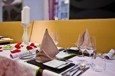 Dinner im Restaurant Five Senses Innovation, Table Settings, Restaurant, Table Decorations, Dinner, Furniture, Home Decor, Creative Ideas, Dining