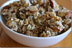 I've never eaten raw quinoa, but this recipe makes me want to a little!