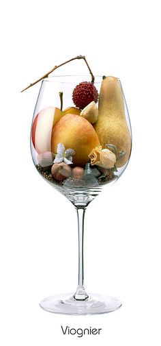 VIOGNIER Pear, peach, hazelnut, apple, litchi, violet, rose (Sears), cardamom, licorice