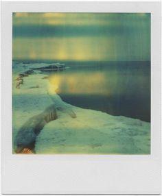 """Polaroid by Andrei Tarkovsky from the book Instant Light: Tarkovsky Polaroids from Thames and Hudson. """"Non tentare mai di trasmettere la tua idea al pubblico"""", ha detto il regista russo Andrei Tarkovsky, """"-è un compito ingrato e senza senso. Mostra loro la vita, e troveranno in se stessi i mezzi per valutare e apprezzare""""."""
