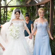 A imagem pode conter: 3 pessoas, casamento