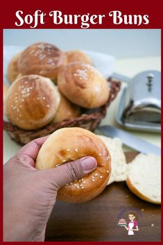 These soft burger buns are the best recipe you will ever make the next time you plan a burger feast. They are soft, fluffy, golden homemade hamburger buns Soft Burger Buns Recipe, Bread Machine Hamburger Bun Recipe, Hamburger Recipes, Easy Homemade Burgers, Homemade Buns, Homemade Hamburgers, Homemade Brioche, Burger Bread, Recipes