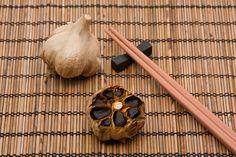 ¿Sabías que el ajo negro, además de un alimento delicioso es capaz de reducir el colesterol malo? ¡Descubre toda la información con nosotros!