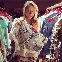 My Choice   @biancasachetolivo elegeu a sua peça preferida da coleção! Um jeans com pedrarias e correntes que promete ser #hit nesse inverno!  #lpnarussia #pressday #lancaperfume #lplovers