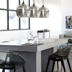 Atelier - Monochromatic - Cement look dining table
