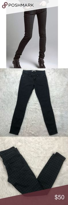 "Rich & Skinny Legacy Print Skinny Jeans Rich & Skinny Legacy Print Skinny Jeans. A chic houndstooth print lets stretch-denim skinny jeans check in with ultra-trendy style. Stretch in fabric. In great condition.   {Measurements laying flat} Waist: 28"" Rise: 7.5"" Inseam: 29""  42% Lyocell, 33% Cotton, 15% Rayon, 9% Polyester, 1% Spandex   ❌No Trades❌ 📦Fast Shipping📦 💬Offers Considered💬 🛍Bundle Discount🛍 🎊Posh Ambassador🎊 Rich & Skinny Jeans Skinny"