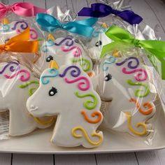 Unicorn Rainbow cookies on Etsy! Unicorn Cookies Princess Cookies 12 Decorated Sugar by TSCookies Cookies Cupcake, Unicorn Cookies, Galletas Cookies, Cookie Favors, Iced Cookies, Cute Cookies, Royal Icing Cookies, Birthday Cookies, Sugar Cookies