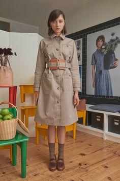 A.P.C. Spring 2018 Ready-to-Wear Collection Photos - Vogue