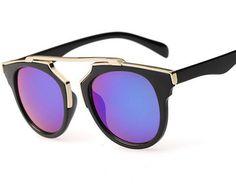 Encontrar Más Gafas de Sol Información acerca de 2015 nuevo lujo marca gafas  De Sol mujer d4bbcd8b7f67