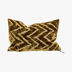 Coussin Vice Versa Cushion, Ocre - @nickname77  #LeBonMarche #tendance #trend #winter #gypset #hiver #cozy #decoration #decorations #home #house #maison #interior #interieur #inspiration #design #coussin