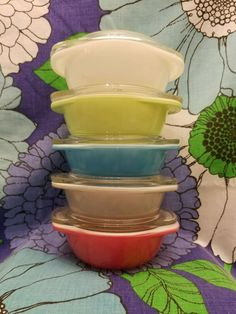 HTF Set of 5 Pyrex 080 Canadian Gray Turquoise Opal Lime Flamingo Pink Lids #Pyrex
