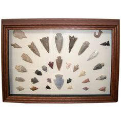 1stdibs | FANTASTIC COLLECTION 19THC AMERICAN INDIAN ARROWHEADS IN FRAME