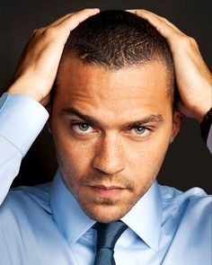 Jesse Williams is best known for playing Dr Jackson Avery in Grey's Anatomy and also because he has the most piercing eyes ever (ok, m. Jesse Williams Grey's Anatomy, Jessie Williams, Jackson Avery, Most Beautiful Man, Gorgeous Men, Bae, Detroit Become Human, Raining Men, Attractive Men