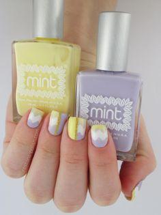 Nail art chevrons pastel