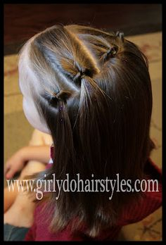 Girly Do's By Jenn: Easy Summer Knots {Quick Style}