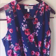 🌟Last One🌟 Rose Romper🌹 NWT Size M! Dresses