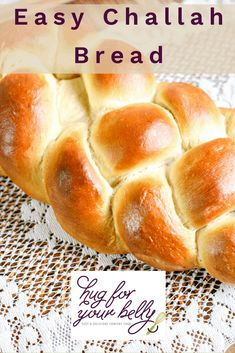 Tender crumb with a sweet crust, this easy challah bread recipe is a staple in many homes on Friday nights. You'll love how easy it is to make, and how quickly you can learn to braid the challah! Challah Bread Recipes, Artisan Bread Recipes, Amish Recipes, Easy Recipes, Quick Dinner Rolls, Real Food Recipes, Cooking Recipes, Yummy Food, Braided Bread